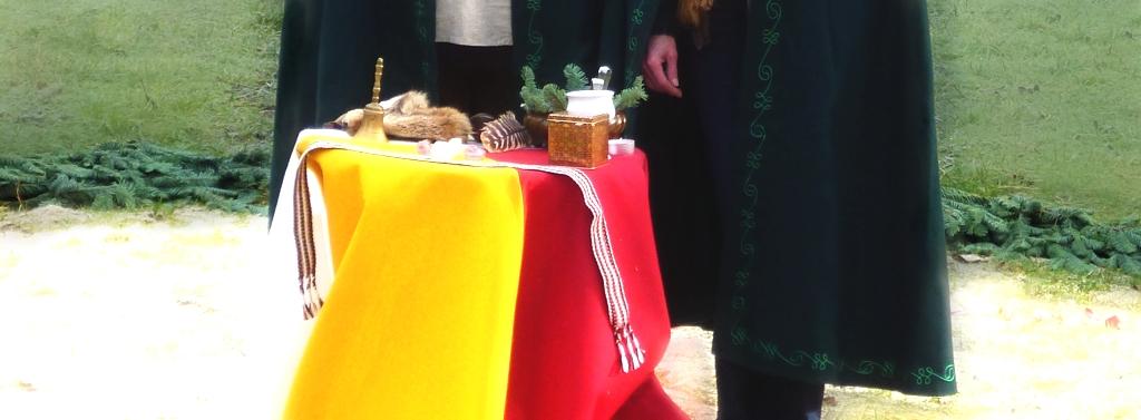 Handfasting Band auf dem Altar
