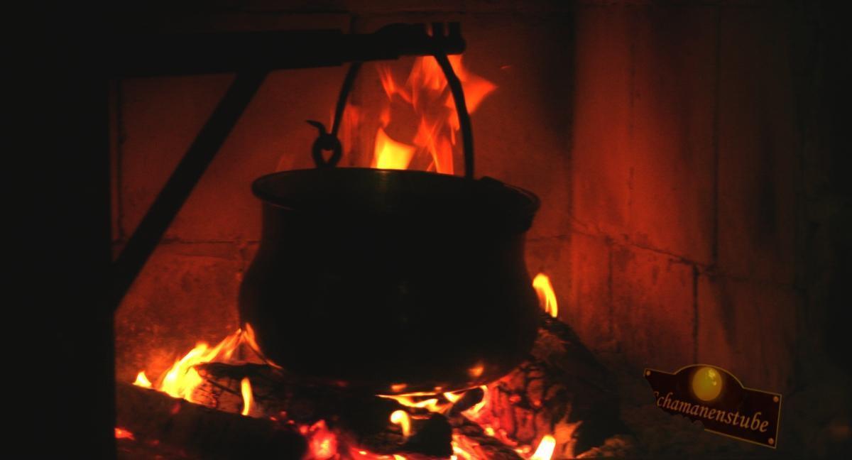 Kupferkessel auf dem Feuer