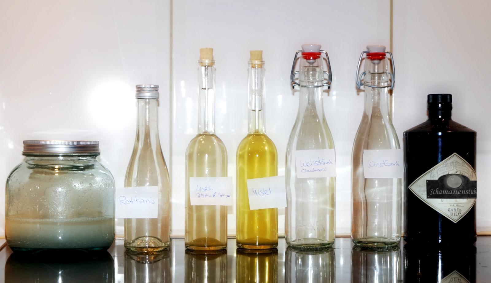 Tannen und Mistel Destillate